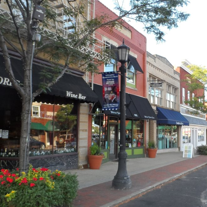 Downtown Willoughby Restaurants