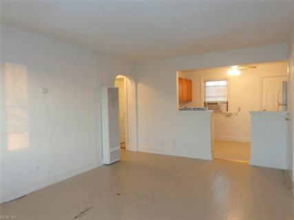 Photo for 2012 E Ocean View AVE 4