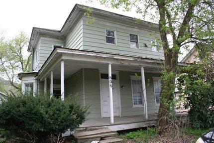 Photo for 606 East Main Street