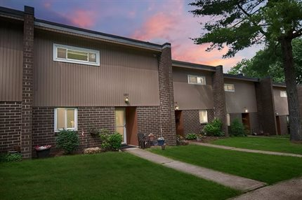Photo for 137 Rivermont Court