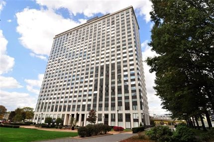 Photo for 320 Fort Duquesne Blvd 9-M