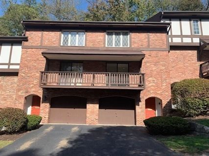Photo for 616 Maplewood Ct