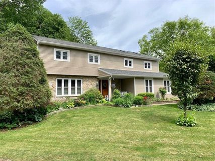 Photo for 33 DOVER DR