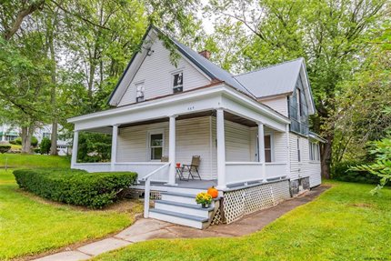 Photo for 484 N MAIN ST