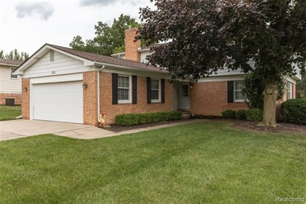 Photo for 5382 CENTERBROOK Drive