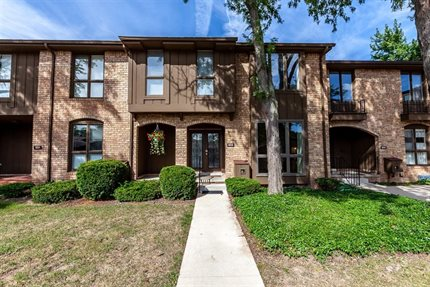 Photo for 933 Greenhills Drive