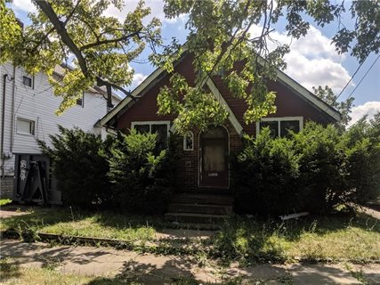 Photo for 1035 W 9th Street