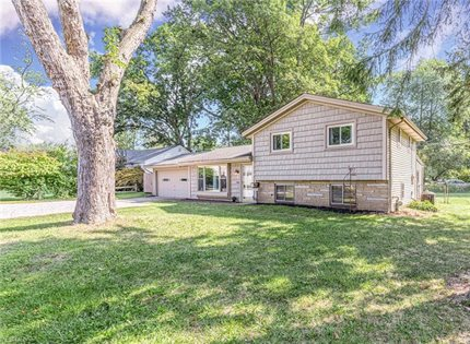Photo for 1073 Cherokee Trail