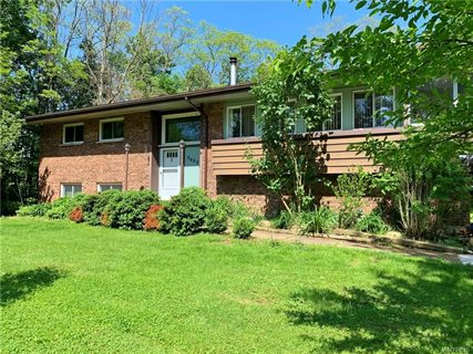 Photo for 9405 Versailles Road