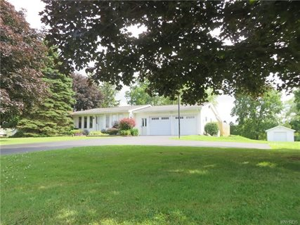 Photo for 7972 Chestnut Ridge Road