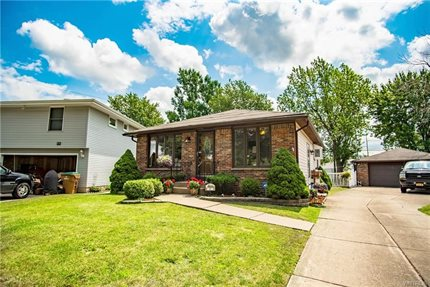 Photo for 41 Satinwood Drive