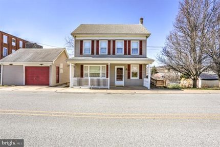 Photo for 5 Maple St
