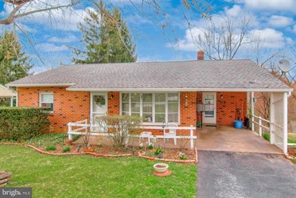Photo for 62 Circle Dr