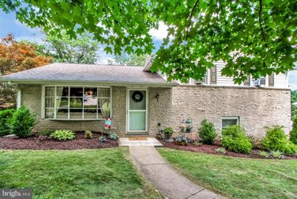 Photo for 1295 Lombard Rd