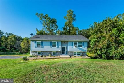 Photo for 105 Southcrest Rd