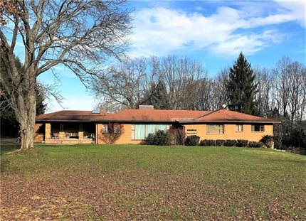 Photo for 496 Hunt Road