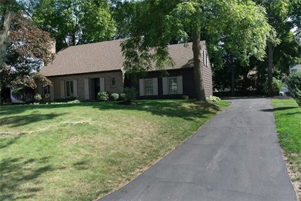 Photo for 4 Pickthorn Drive